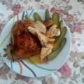 Печено пиле с марината от кисели краставички