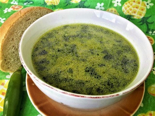 Млечна спаначена супа