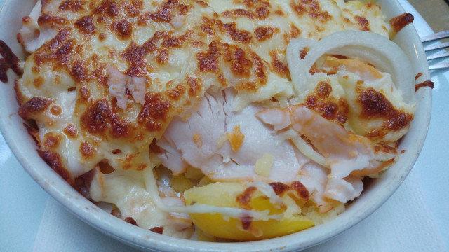 Запечени картофи със сметана и шунка