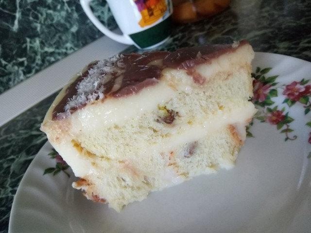 Торта от стар козунак и яйчен крем