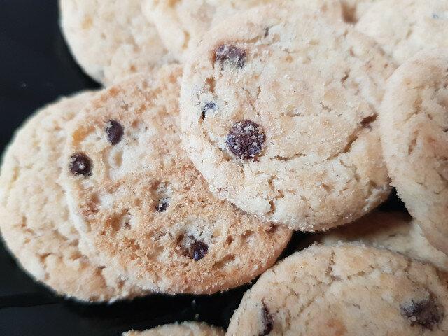Американски бисквити с парченца шоколад